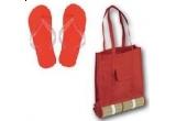 o sacosa de plaja cu rogojina + 1 pereche flip flops / zi