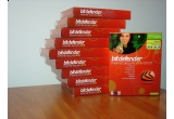 10 x licenta BitDefender Internet Security 2010 pe un an, 6 x licenta BitDefender Internet Security 2010 pe 6 luni