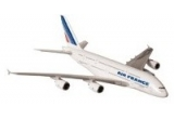 2 bilete de avion Bucuresti Paris si retur, 4 x o macheta Airbus A380 model scara 1:250, 5 x o macheta Airbus A380 model scara 1:1000