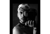 1 x set sedinta foto + book profesionist realizat de Gabriel Hennessy