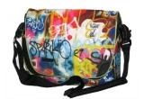 1 x pachet cu geanta + breloc in stil graffiti