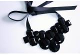 1 x colier Adia Kibur, 1 x pereche de cercei Pearl & Crystal Charm, 1 x colier Borealy cu Swarovski