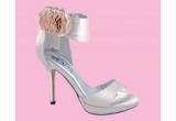 1 x pereche de pantofi