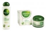 1 x lapte vitaminizant demachiant Gerovital Plant + o crema hidratanta din Gerovital Plant, 1 x crema modelanta pentru abdomen plat, 1 x balsam de buze protector