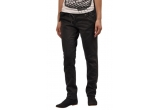 1 x pereche de pantaloni Bershka, 1 x pudra highligher de la Boots Xmas collection – Editie Limitata