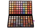 1 x trusa de make-up de 120 de culori + o esarfa LV