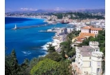 1 x excursie de 4 zile pentru 2 persoane pe Coasta de Azur, 1 x Obiecte promotionale saptamanal