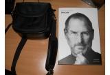 1 x geanta Nikon, 1 x Biografia lui Steve Jobs