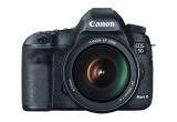 1 x aparat foto Canon EOS 5D Mark III, 10 x geanta Canon 10EG