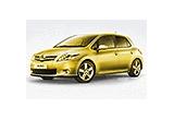 1 x un autoturism Auris de la Toyota