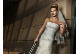 1 x un voucher de 50% reducere pentru orice rochie de mireasa din salonul Allia Brides