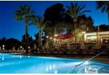 1 x sejur de 5 zile pentru 3 persoane in Palma de Mallorca, 1 x weekend pentru 2 persoane la Hotelul Forum Costinesti, 1 x 2 invitatii la filmul saptamanii la cinema Movieplex + popcorn mediu gratuit, premii surpriza oferite de Movieplex instant