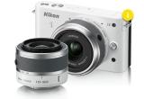 1 x aparat foto Nikon 1 J2, 1 x o macheta Audi A1