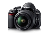 1 x un aparat foto DSLR Nikon D3100