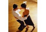 1 x un curs de dans pentru tine si partenerul tau (8 sedinte la cursuri de dans organizate de Stop&Dance Studio)