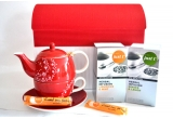 1 x 2 cutii de ceai Business Class + miere de albine + o carafa termorezistenta
