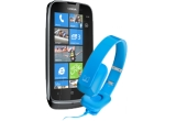 2 x telefon Nokia Lumia 610 o pereche de casti audio Nokia Purity HD Stereo Headset by Monster WH 930
