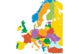 1 x excursie in Europa cu intreaga familie, 9 x aparat foto digital Vtech Kidizoom, 756 x atlasul lumii pentru tinerii exploratori - National Geografic, 90 x Puzzle 3D cubic Fun Tour Eiffel/Big Ben/Catedrala Sf Vasile