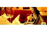 1 x sejur la munte pe Valea Prahovei, 1 x 50% discount la masa de revelion 2014 la Restaurantul La Mavro, 1 x voucher in valoare de 300 ron consumabil in incinta restaurantului La Mavro