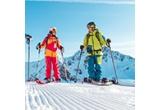 1 x vacanta la ski in Austria, 5 x set de iarna (caciula + ochelari de schi)