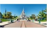 18 x excursie la Disneyland Paris, 18 x laptop, 29 x bicicleta DHS, 29 x telefon mobil, 180 x voucher Carrefour de 100 ron, 2550 x pachet cu produse Carrefour