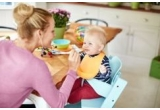 4 x set pentru masa Philips Avent Toddler + Cana cu tetina Philips Avent, 1 x aparat combinat de gatit cu aburi si blender Philips Avent SCF870/22