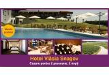 1 x  excursie de 3 zile la hotelul Vlasia Snagov, 11 x voucher Travelminit de 50 ron