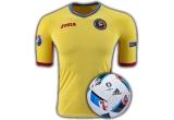 1 x tricou oficial al echipei naționale a Romaniei inscripționat cu numele tau pe el + mingea oficiala Adidas Euro 2016, 2 x tricou oficial al echipei naționale a Romaniei inscripționat cu numele tau pe el