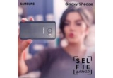 1 x smartphone Samsung Galaxy S7, 3 x Selfie stick