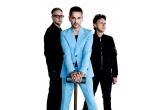 10 x Bilet dublu la concertul Depeche Mode din 23 iulie, 8 x CD Depeche Mode, 25 x DVD Depeche Mode, 35 x Vinil Depeche Mode, 4 x Meet&Greet cu membrii trupei