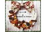 1 x coronița din nuiele decorata cu felii de citrice +  conuri de brad + nuci + steluțe facute din faina cu sare + scorțișoara + anason stelat