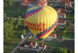 4 x&nbsp; zboruri cu balonul pentru 2 persoane,&nbsp; asigurat  de John Balon Sky Team  <br />