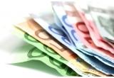 <p> 4.000 de euro, 1.000 de euro<br /> </p>