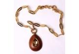 un colier Baldinini suflat cu aur  in valoare de 1.200 de lei
