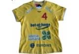 un tricou al nationalei feminine de handbal cu numele tau pe el