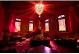 o sedinta foto de cuplu in cadrul cafenelei Ramayana Cafe din Bucuresti + o surpriza dulce, 3 x un voucher cu 25% reducere pentru o sedinta foto de cuplu