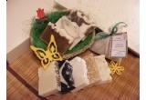 2 x cos cadou cu doua sapunuri si un set de bile de baie efervescente, un sapun + un set de bile