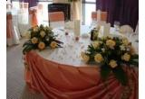 un pachet decor si accesorii pentru nunta ta