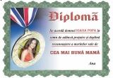 o diploma + o carte personalizata cu pozele castigatorului