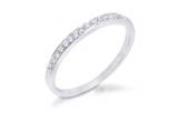 un inel cu diamante de la Rafael & Sons